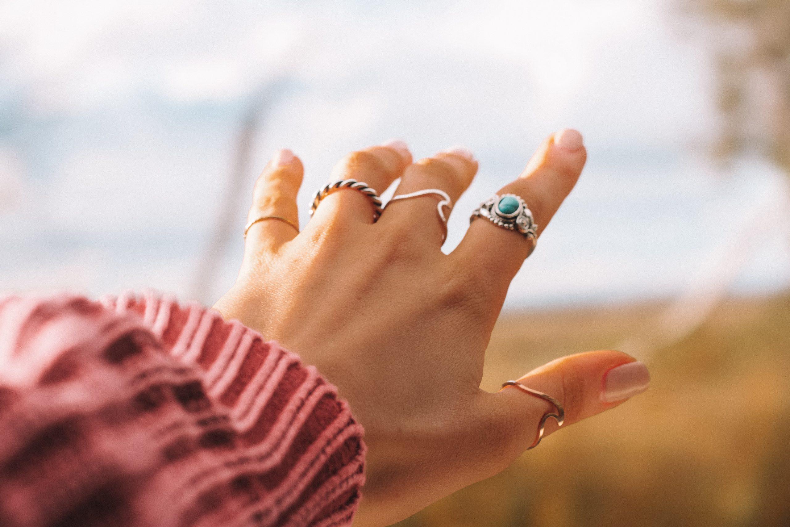 Alegerea bijuteriilor din argint potrivite